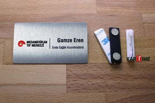 Dikdörtgen Metal Personel Kartı Gümüş Renkli