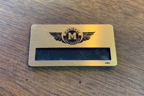 Gold Standart Metal Yaka Kartı
